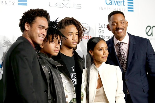 BURBANK, CA - OCTOBER 22: (L-R) Actor Trey Smith, singer Willow Smith and actors Jaden Smith, Jada Pinkett Smith and Will Smith attend the Environmental Media Association 26th Annual EMA Awards Presented By Toyota, Lexus And Calvert at Warner Bros. Studios on October 22, 2016 in Burbank, California.  (Photo by Phillip Faraone/Getty Images for Environmental Media Association )