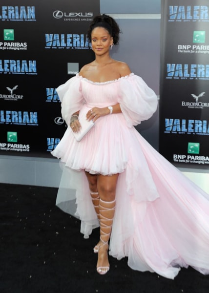 """HOLLYWOOD, CA - JULY 17:  Rihanna attends the premiere of EuropaCorp and STX Entertainment's """"Valerian and The City of a Thousand Planets"""" at TCL Chinese Theatre on July 17, 2017 in Hollywood, California.  (Photo by Neilson Barnard/Getty Images)"""