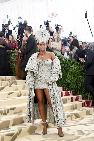 NEW YORK, NY - MAY 07:  Recording artist Rihanna attends the Heavenly Bodies: Fashion & The Catholic Imagination Costume Institute Gala at The Metropolitan Museum of Art on May 7, 2018 in New York City.  (Photo by Noam Galai/Getty Images for New York Magazine)